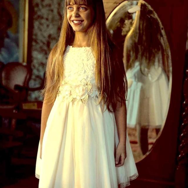 mimilu mirrow fashionkids modabimbi bimba bella cerimonia madeinspain kidmodel modelkidshellip
